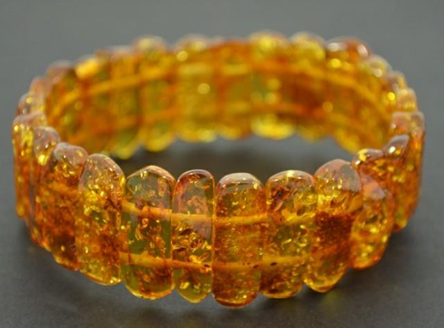 Baltic amber jewelry shop